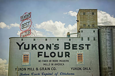 Photograph - Yukons Best Flour by Susan McMenamin