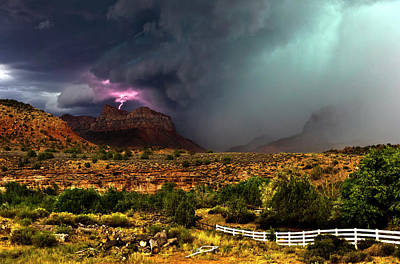Zion Lightning Original by LE Baskow