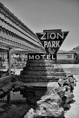 Photograph - Zion Park Motel by Robert Meyers-Lussier
