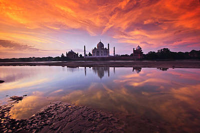 Sunset Wall Art - Photograph - . The Taj by Photograph By Ashique