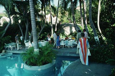 Latin America Photograph - Acapulco Pool by Slim Aarons