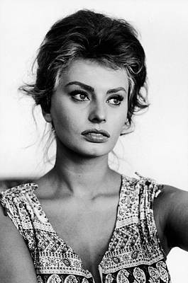 Photograph - Actress Sophia Loren At Home by Alfred Eisenstaedt
