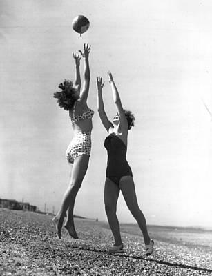 Photograph - Beach Holiday by Fox Photos