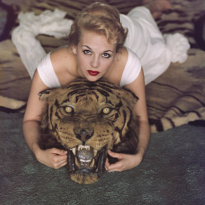 Photograph - Beauty And The Beast by Slim Aarons