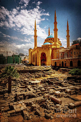 Photograph - Blue Mosque And Roman Ruins by Naoki Takyo