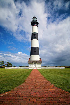 Photograph - Bodie Island Lighthouse by Alan Raasch