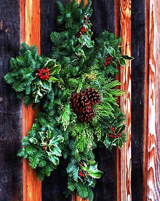 Photograph - Christmas Wreath 20474 by Jerry Sodorff