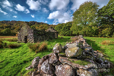 Photograph - Cottage Ruin Snowdonia by Adrian Evans