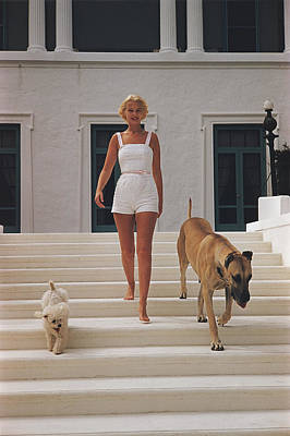 Walking Photograph - C.z. Guest by Slim Aarons