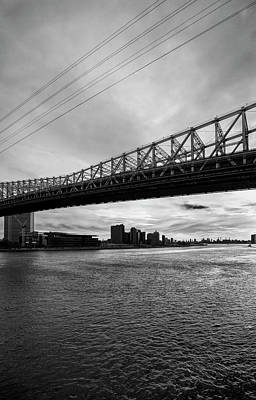 Photograph - East River And 59th Street Bridge by Robert Ullmann