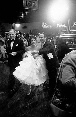 Photograph - Elizabeth Taylor by Loomis Dean