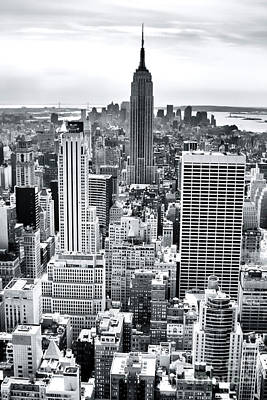 Photograph - Empire State Building 2006 by John Rizzuto