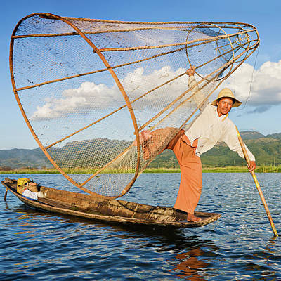 Oar Photograph - Fisherman On Inle Lake, Myanmar by Hadynyah