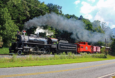 Photograph - Great Smoky Mountains Railroad 9 2 E Color by Joseph C Hinson Photography