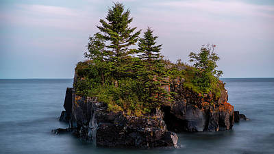 Photograph - Hollow Rock by David Mohn