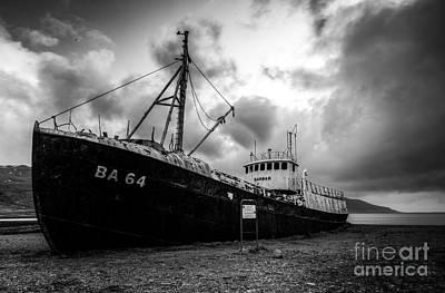 Wall Art - Photograph - Iceland Shipwreck by Sebastien Coell