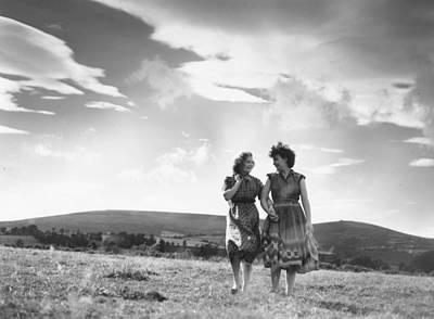 Photograph - Irish Country Walk by Thurston Hopkins