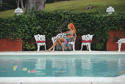 Drinking Photograph - Lounging In Bermuda by Slim Aarons