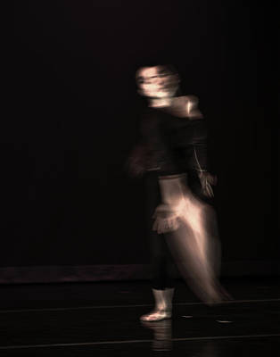 Photograph - Modern Dance 5 by Catherine Sobredo
