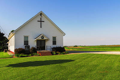 Photograph - Oaks Community Church by Edward Peterson