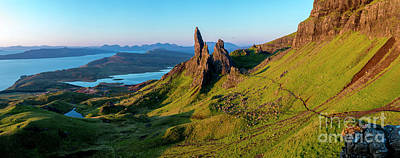 Photograph - Old Man Of Storr - Dawn by Brian Jannsen