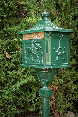 Ps I Love You - Old vintage green mailbox made of iron by Stefan Rotter