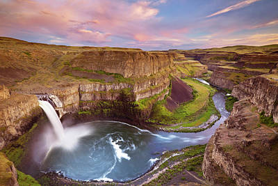 Photograph - Palouse Falls In Washington, Usa At by Sara winter