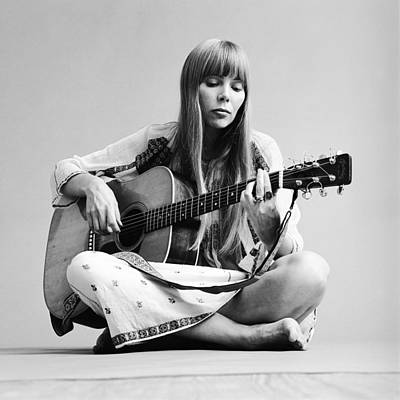 Sitting Photograph - Portrait Of Joni Mitchell by Jack Robinson