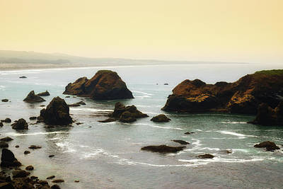 Photograph - Rocky Coast by Frank Wilson