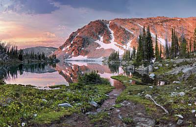 Photograph - Skytop Lake Sunrise by Leland D Howard