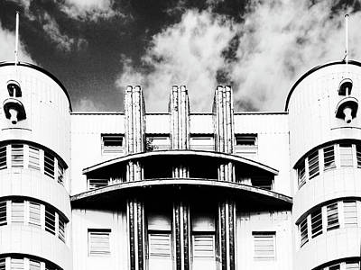 Photograph - Streamline Moderne by Dominic Piperata