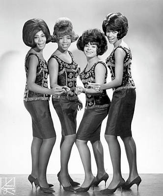 Music Photograph - The Marvelettes by Michael Ochs Archives
