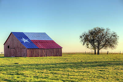 Photograph - The Texas Flag Barn by JC Findley