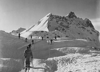 Photograph - Uphill Skiers by Bert Hardy