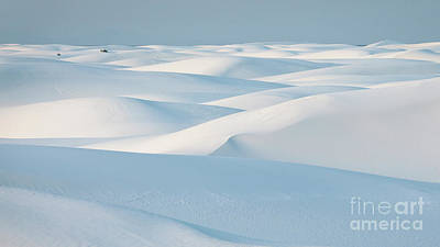 Photograph - White Sands National Monument by Doug Sturgess