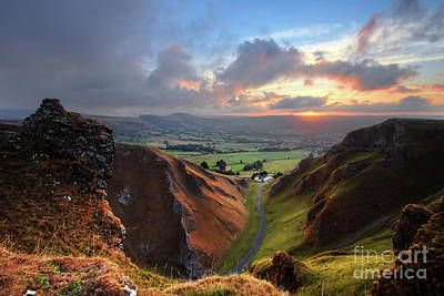Photograph - Winnats Pass 12.0 by Yhun Suarez