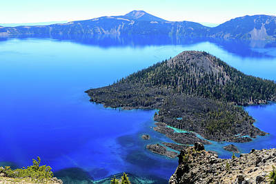 Photograph - Wizard Island, Crater Lake by Dawn Richards