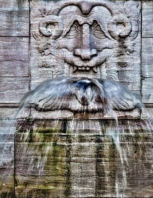 Photograph - Fountain by Robert Ullmann