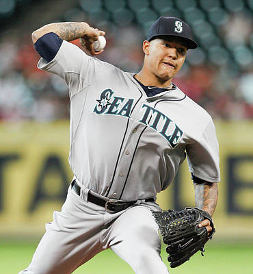 Photograph - Seattle Mariners V Houston Astros by Bob Levey
