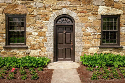 Photograph - 1790 New England Stone House Entrance Detail  -  1790newengstonehouseentry185657 by Frank J Benz
