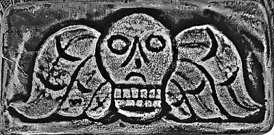 Photograph - 17th Century Death's Head Fleeting Nature Of Life Gravestone by Rob Hans