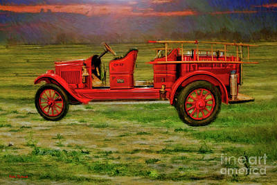 Photograph - 1923 Fire Truck by Blake Richards