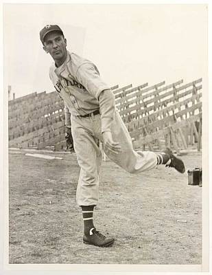 Sports Paintings - 1938 Carl Hubbell New York Giants, baseball by Celestial Images