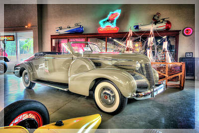 Giuseppe Cristiano Royalty Free Images - 1939 Cadillac Royalty-Free Image by Arttography LLC