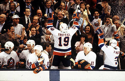 Photograph - 1983 Stanley Cup Finals - Game 4 by B Bennett