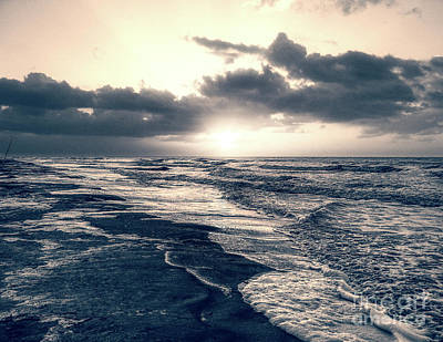 Photograph - Atlantic Ocean Sunrise by Phil Perkins