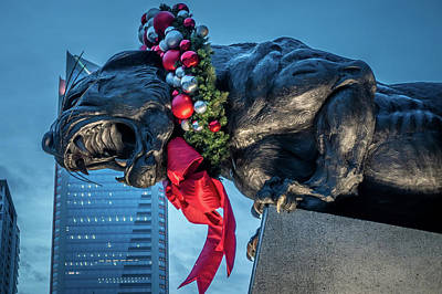 Photograph - Black Panther Statue Decorated In Christmas Wreath In Charlotte  by Alex Grichenko