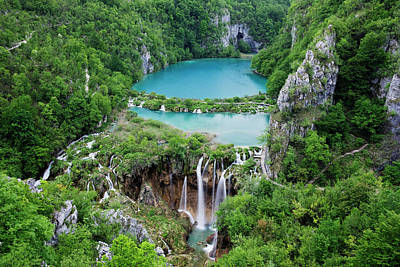 Photograph - Lower Lake Plitvice Lakes National Park by Jeremy Woodhouse