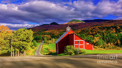 Photograph - On The Backroads Of Stowe. by Scenic Vermont Photography
