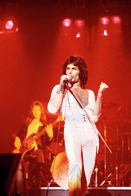 Photograph - Photo Of Freddie Mercury And Queen by Fin Costello